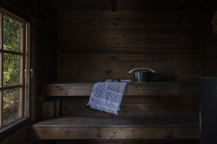 IHANA MERENRANTAHUVILA OMALLA RANTASAUNALLA   Tervetuloa Kalkkirantaan! Nyt myynnissä upea, vanhanajan huvila omalla 6810m2 tontilla. Omaa rantaviivaa sekä tilava, tunnelmallinen rantasauna. Huvilaan on tehty remonttia vuosien saatossa, mm. keittiö, kylpyhuone, sauna ja wc sekä pintoja. Kunnostusta riittää vielä seuraavallekin omistajalle.  Tervetuloa tutustumaan!   Vain yksityisesittelyt, varaa omasi:  Nina Lampinen Kiinteistönvälittäjä LKV, partner, sisustussuunnittelija p.0400-943 258…