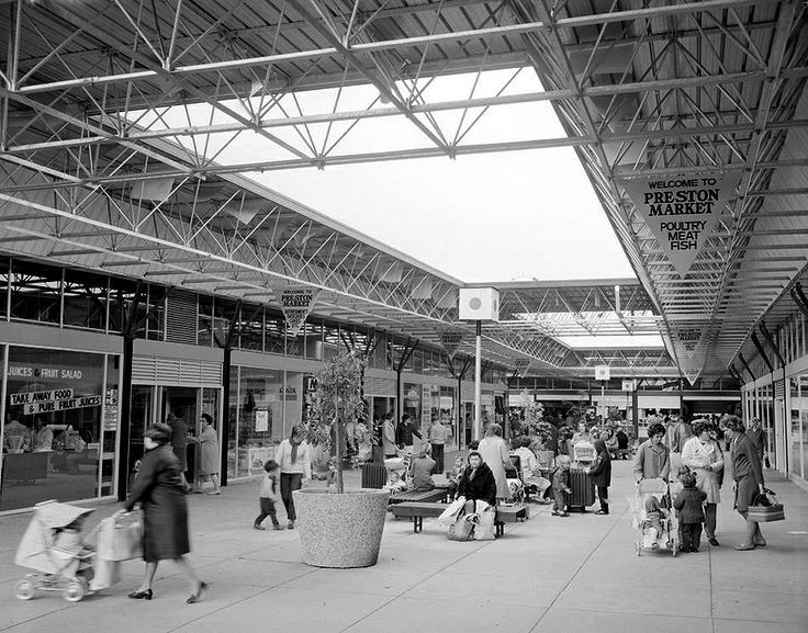 Preston Market ~ 1960s That's my great grandmother, grandmother, mother and uncle on the right!
