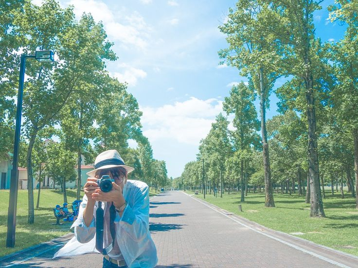 SelfPortrait meselfportraitJapanesetreetreesblue skycloudshat
