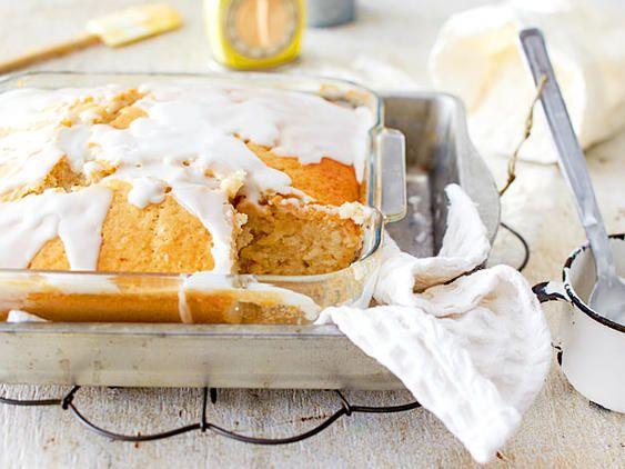 Einfacher Zitronenkuchen - so geht's! | LECKER