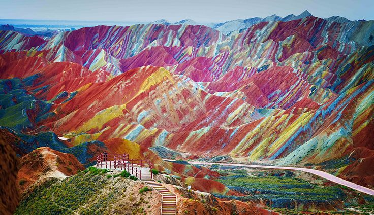 THE 10 MOST COLOURFUL PLACES ON THE PLANET