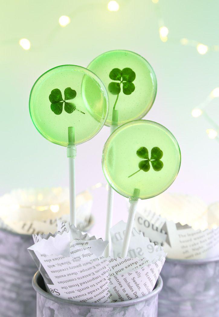 Lucky Four Leaf Clover Lollipops Recipe // @SprinkleBakes