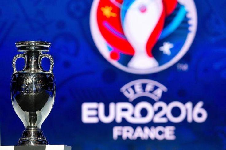 Hier finden Sie den Spielplan zur Fußball-EM 2016 in Frankreich: Alle Termine, Anstoßzeiten & Spielorte der Europameisterschaft.