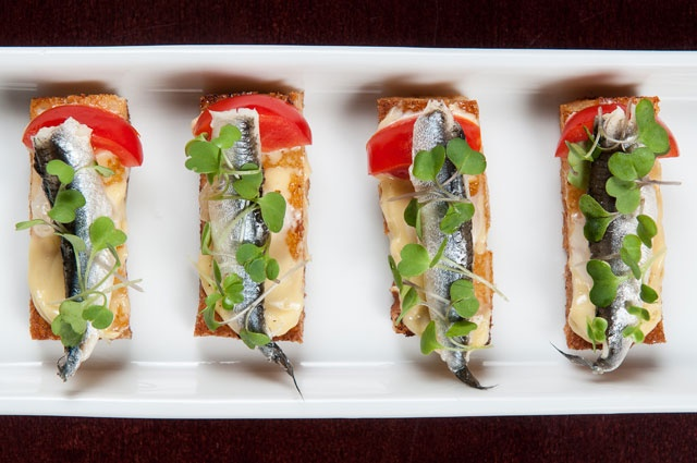 146 best images about white anchovies recipes on pinterest - Tapas originales frias ...