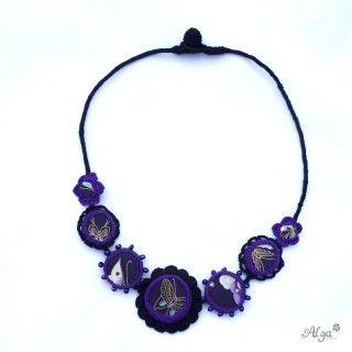 Crochet necklace/Náhrdelník Butterfly http://www.algastore.cz/hackovane-sperky