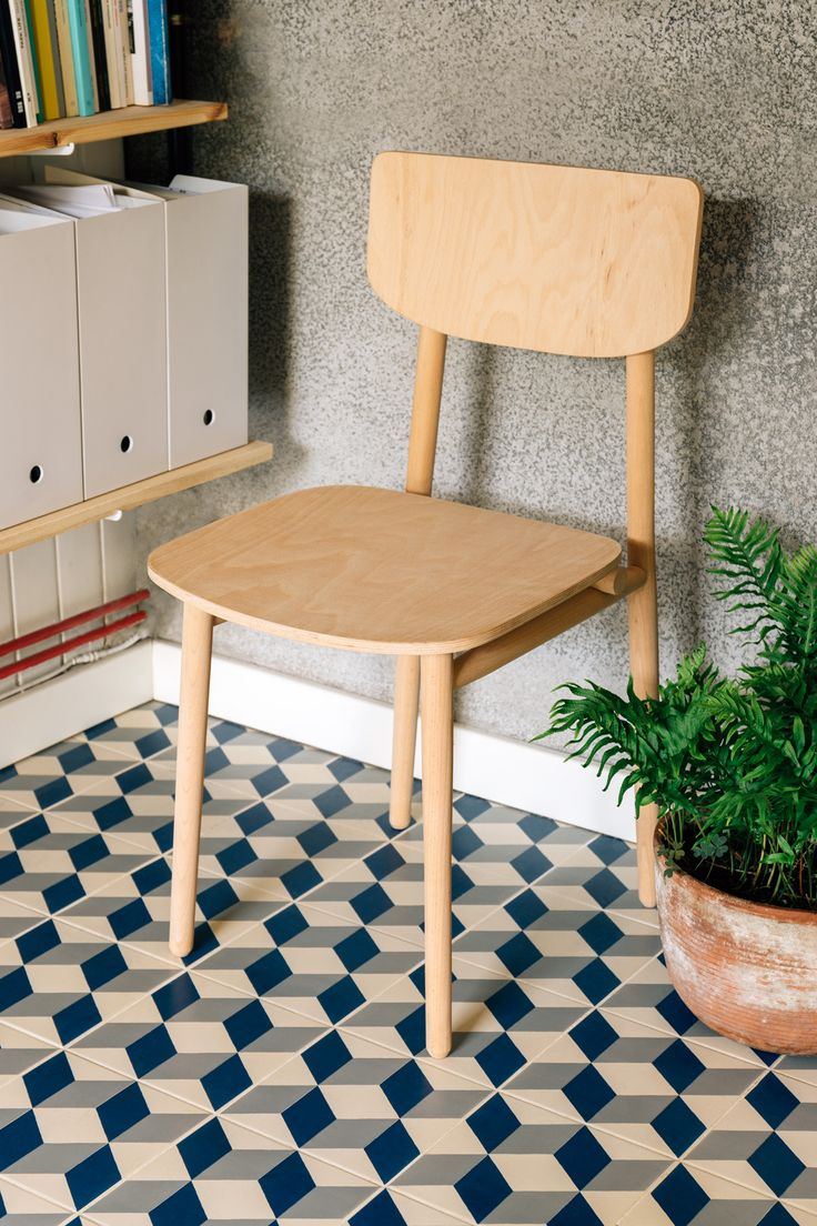 Broom chair for emeco in 2012 to showcase the properties of a new wood - Japanese Inspired Chair By Barcelona Studio Gravina