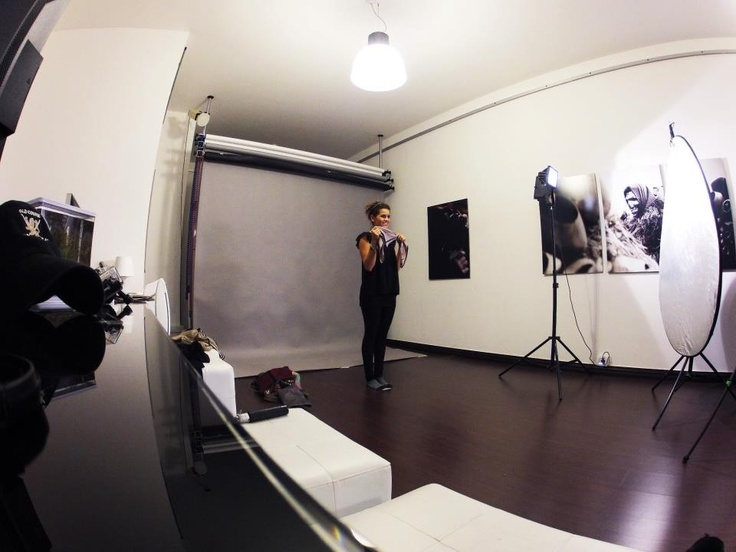 Making of a new video tutorial to wear a scarf..!! Stay tuned.. www.caterinaquartana.it