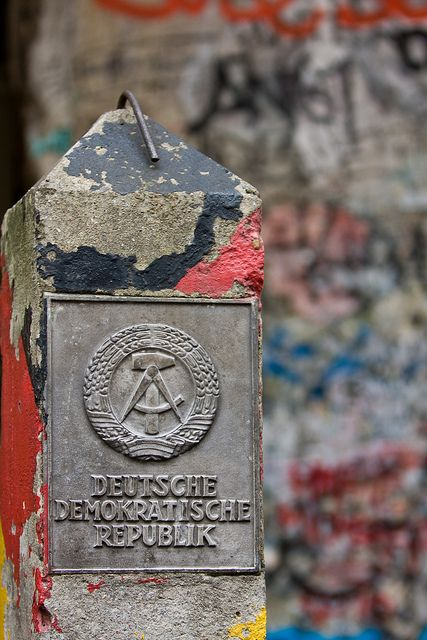Berlin Wall on DDR
