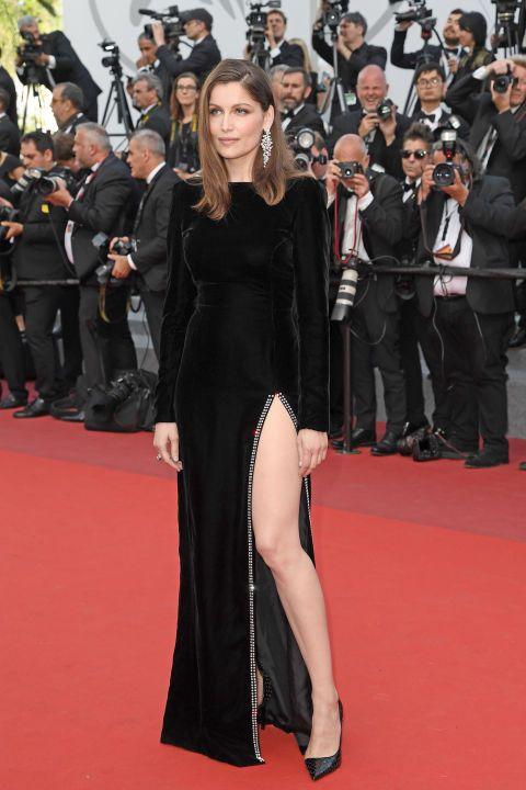 A Cannes 2017 si indossano solo abiti scollati e spacchi vertiginosi