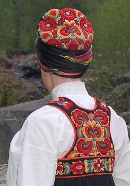 Norwegian National Dress - Beautiful embroidery Hjønnevåg, Gamle Nes, Nesbyen i Hallingdal