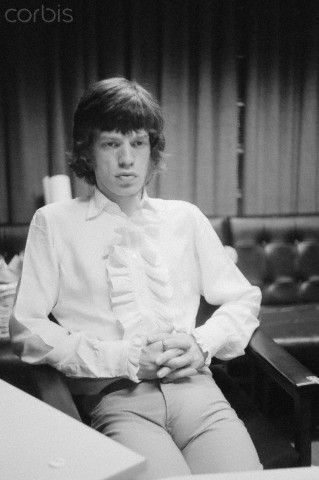 """Ooooh baaaby Singer Mick Jagger during recording sessions for the Rolling Stones' """"Their Satanic Majesties Request."""" August 01, 1967"""