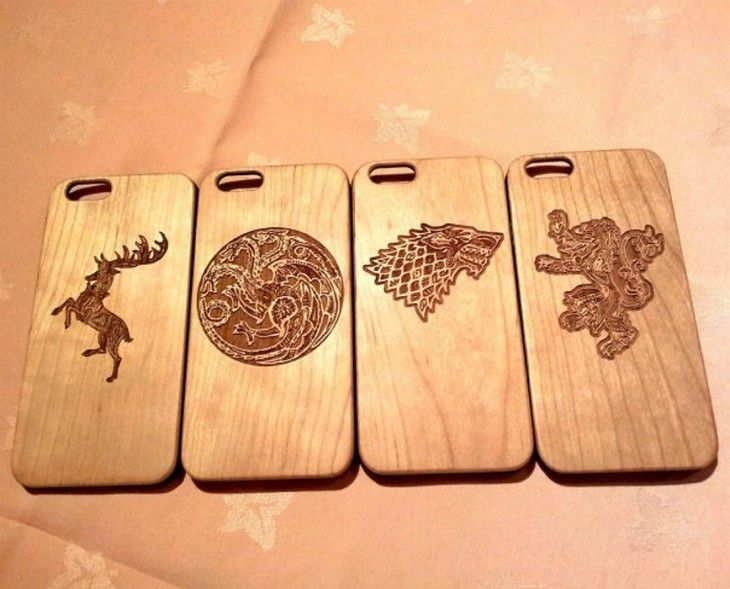 b91b3beb0b6 25 fundas para celular que todo hombre debe tener. carátulas de madera para  celular con