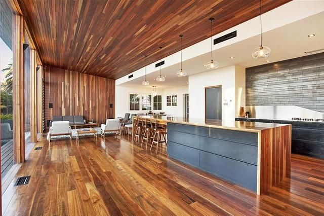 Some really lovely aspects to this house - ecspecially the wood and open plan kitch / living / dining