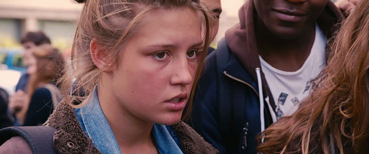 Blue is the Warmest Color Movie Review : Shockya.