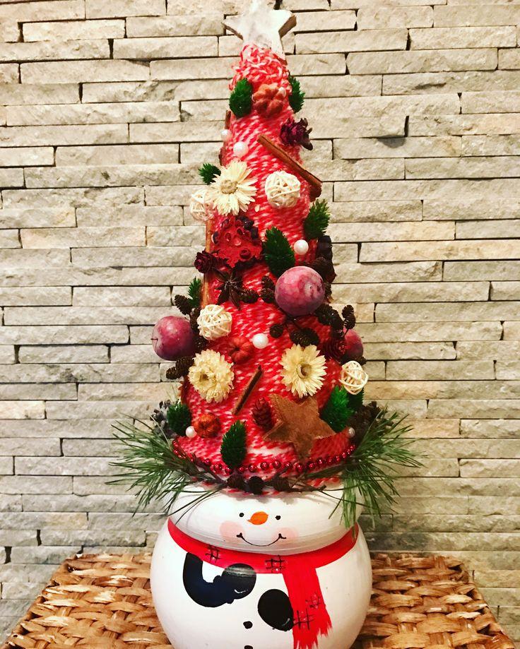 #snowman #handmade #christmas #display by Atelier Floristic Aleksandra concept Alexandra Crisan