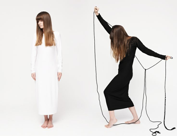 HI-END maxi dress in black/white | www.hienddesign.com