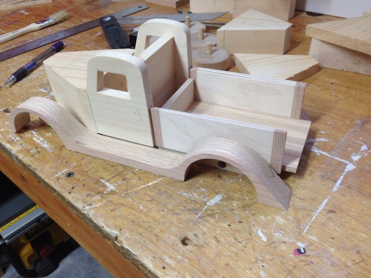 One of cars building going to be on the card carrier Dominique Lalonde. ddlalonde@ rogers.com