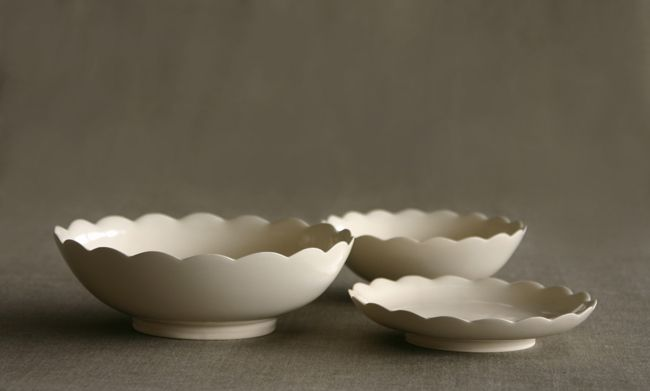 The scalloped edge – mini bowls by coe
