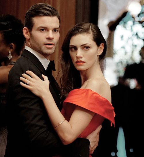 "The Originals - Elijah and Hayley → 3x04 ""A Walk on the Wild Side"" still"