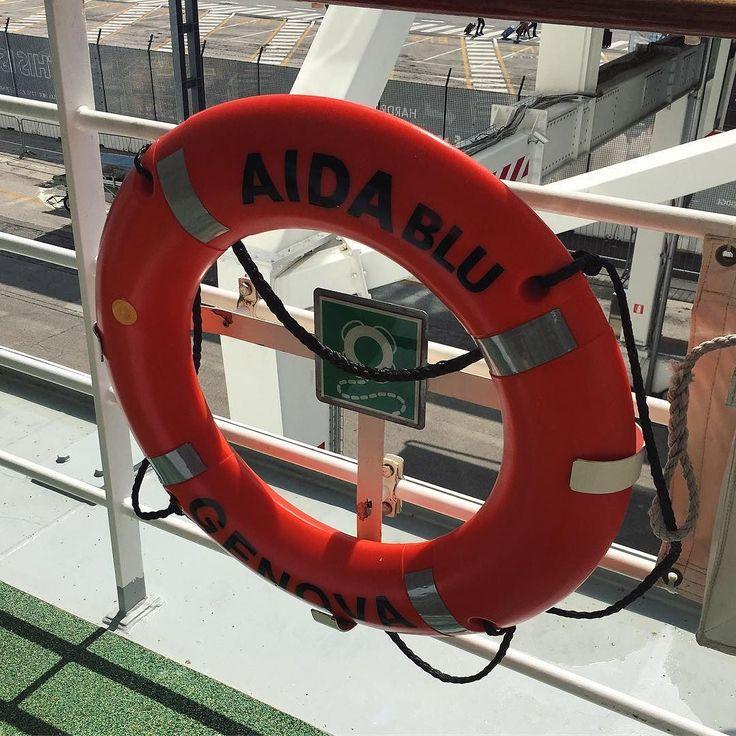 Ich hab übrigens deinen Rat befolgt @aida.travel ! Bei mir gibt es jetzt auch das obligatorische Bild mit dem Rettungsring   #followmefaraway #Travel #wonderful_places #getaway #justdoit #venice #adria #meer #vitaminsea #wow #liebe #aida #aidablu #aidacruises @aida_cruises #fernweh #kreuzfahrt #cruise #chill #kreuzfahrtschiff #freiheit #greattime #aufaidasehen #happy #highlights