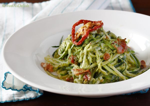 Zucchini Noodles with Sundried Tomato Pesto (Gluten, Dairy & Paleo Friendly) | Healthy Malaysian Food Blog & Food Recipes