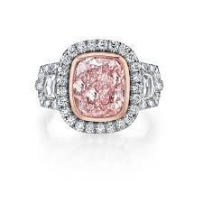 Elizabeth Diamond Company is fine jewelry store in Dayton and Troy Ohio. We specialize in designer engagement rings.