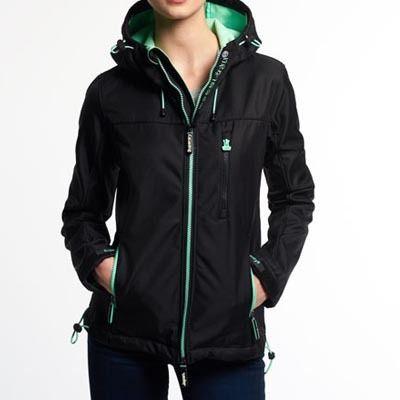 """Superdry極度乾燥しなさい Hooded Windtrekker Jacket ジャケット 今一番旬なトレンドワードは、""""アスレジャー""""と呼ばれるスタイル!スポーティーなスタイルとは違います!アスレチック+レジャーのスポーツウェア"""
