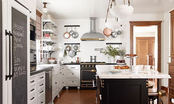Interesting stove and pantry door, eh?Cabinets, House Beautiful, Open Shelves, Black And White, Interiors Design, Kitchens Ideas, Islands, Chalkboards Fridge, White Kitchens