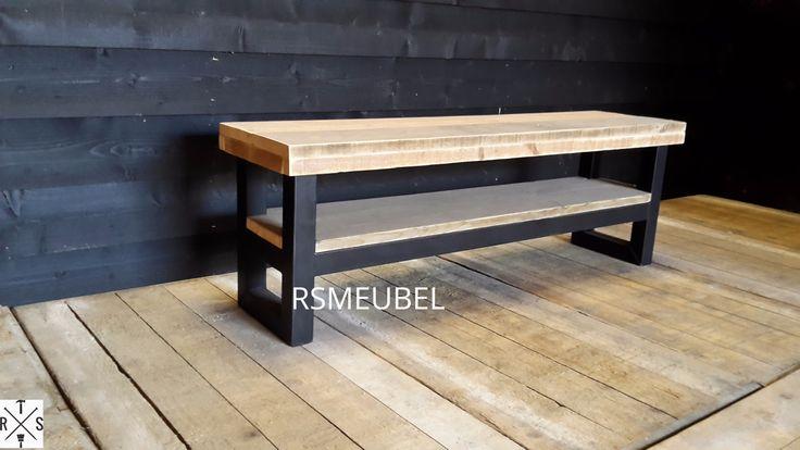 Stoer industrieel TV-Meubel  Mooi tv meubel welke goed past bij 1 van onze tafels in dezelfde stijl. Meubel kan geleverd worden in vele houtsoorten en afwerkingen. Hoogte 50 cm Diepte 40 cm(Standaard aan te passen in keuzemenu) Onderstel standaard6x6cm dik Onderstel kan gespoten worden in vele kleuren Onderstel standaard onbehandeld staal