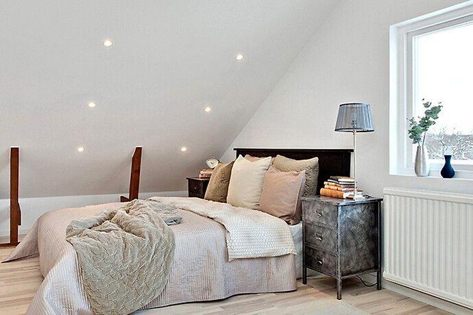 Bilder, Sovrum, Kudde, Snedtak, Säng Hemnet Inspiration Inspiration bedroom Pinterest