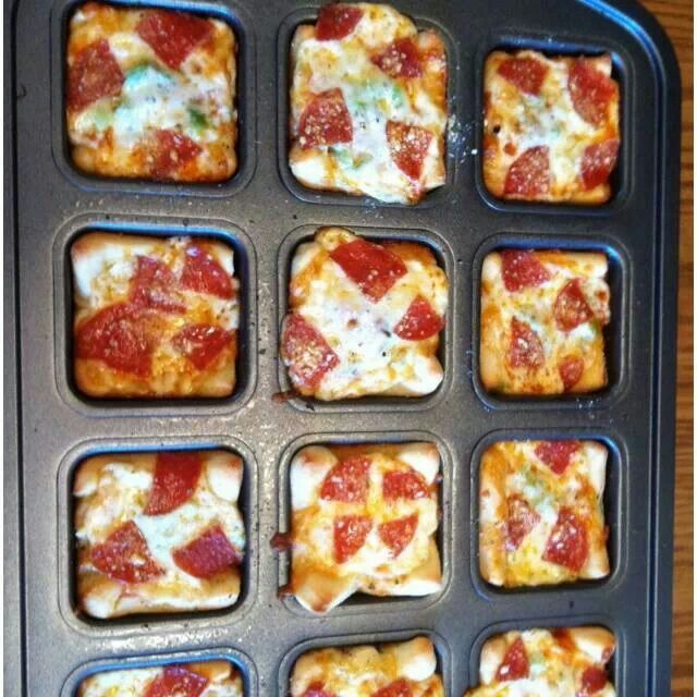 "Brownie Pan: ""Mini Pizza's"" Pizza night - get the family together for Pizza, Games and Fun! Let each family member make up their own pizza!"