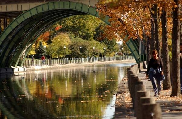 The Rideau Canal is a chain of lakes and waterways that winds 202 km from Kingston, at the head of Lake Ontario, to Ottawa, Canada's capital city. The canal is a World Heritage Site that, in below freezing weather, turns into the the world's biggest skating rink.
