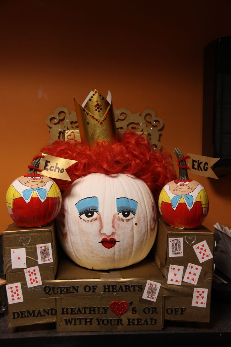 Queen of Hearts Pumpkin | Holidays All Year Long ...