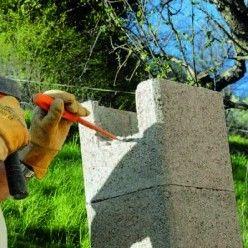 construire un auvent en bois sur poteaux ma onn s tutoriel en 2020 auvent auvent bois et poteau