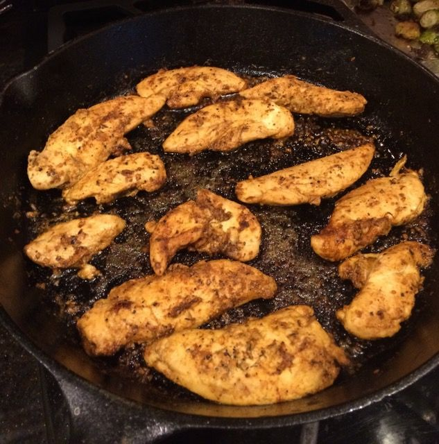 3 ingredients and less than 30 minutes to make these kickin' Skillet Blackened Chicken Tenders - Family Savvy