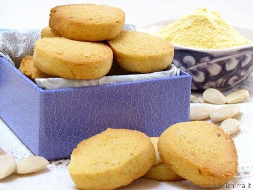 Biscotti di frolla al mais senza burro e senza uova