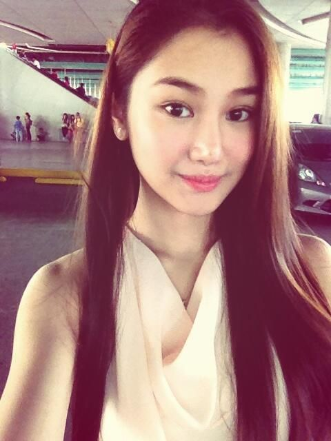 """Chienna Filomeno on Twitter: """"""""Insert song title here""""  http://t ... twitter.com480 × 640Search by image Embedded image permalink"""