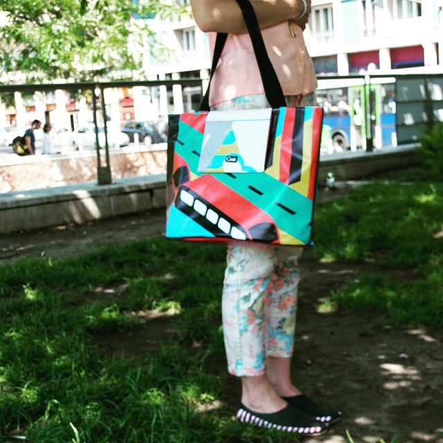 Cimbi and the city!  #cimbi #cimbindsta #city #budapest #official #shooting #superexcited #pall #friend #buddy #mate #alwaysthere #ecofriendly #designer #bag