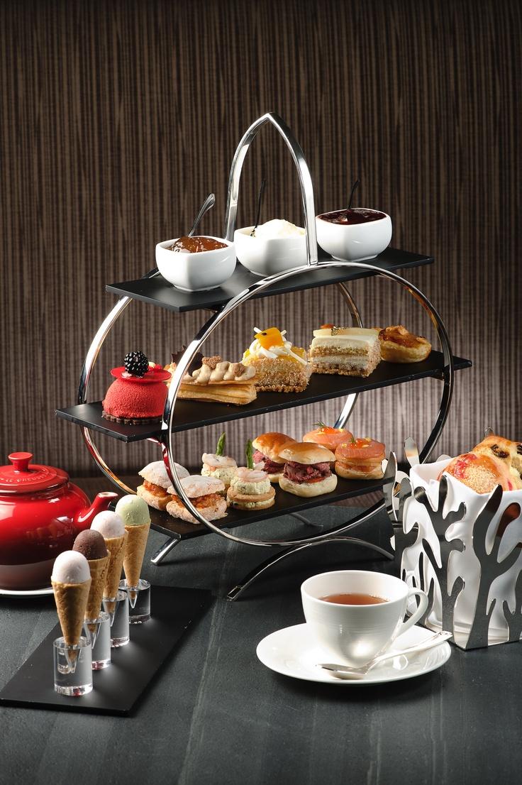 Afternoon tea at Lobby Lounge, InterContinental HongKong