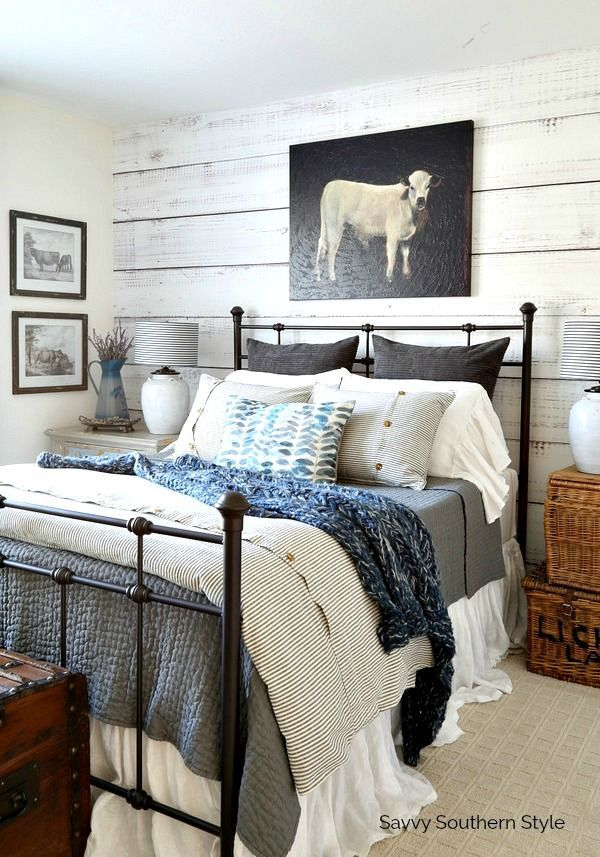 Farmhouse Style Winter Guest Bedroom and Decorating Tips home