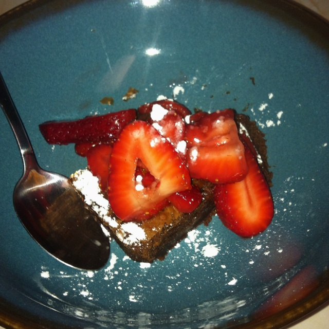 Brownies with strawberries! Absolutely amazing. | YUM | Pinterest ...