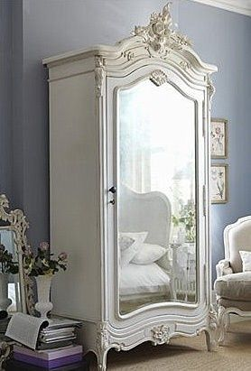 If I were lucky enough to own a French armoire like this, it would definitely have pride of place in my bedroom.