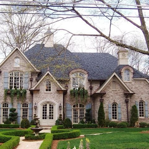 Brick stone combination french style homes architecture for Brick stone combinations
