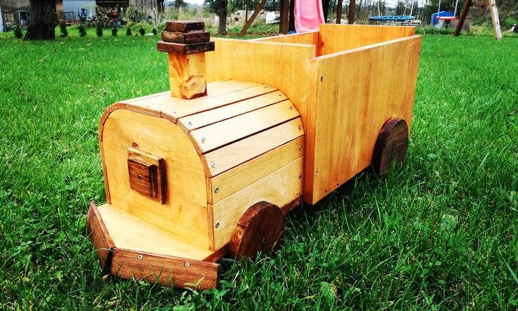 Ciuchcia #wood #woodwork #sesja #foto #children #pociąg #cool