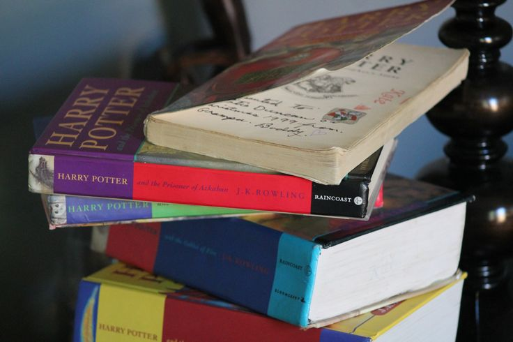 """A refuge is exactly how I would describe what these novels did for me. As the characters in my favourite novels grew, so did I,"" writes Katie in her most recent post called, ""The magic of literature.""  She reflects on her experiences with the #HarryPotter series of novels, explaining how each time she reads them, they keep her grounded, making her feel safe and courageous at the same time.  http://aquarteryoung.com/2015/05/26/the-magic-of-literature/"