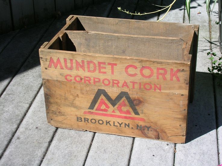 Vintage MUNDET CORK CORPORATION, BROOKLYN NY Wood Crate With Ads NICE LOOK'N!! | eBay