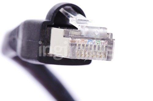 Macro connector