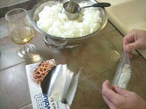 A quick video showing how to freeze onions for long term storage. Very easy to do. Video shows some techniques to eliminate the tears while you cut your onions. So much fun that even Max my double jointed cat get's in on the action.