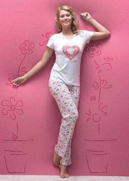 http://www.derinmor.com/5451-bayan-uzun-pijama-takimi