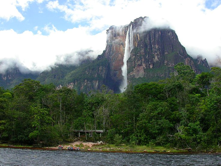 angel falls in Venezuela. Highest uninterrupted waterfall in the world. Laerke